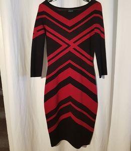 Sweater dress - Gabby Skye, red and black